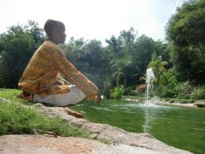Meditacion Puttaparty India